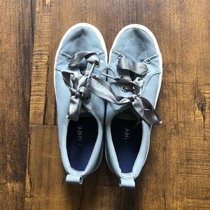 Sperry Gray Sneakers w/ Ribbon Laces